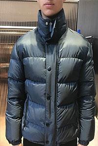 2019春夏_PRADA_运动系列棉衣_欧洲大牌资料