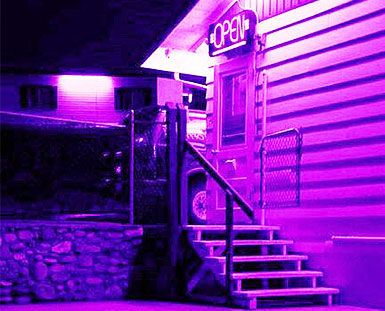 色彩警报:电力紫色