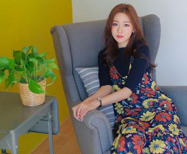 中国快时尚:花朵连衣裙